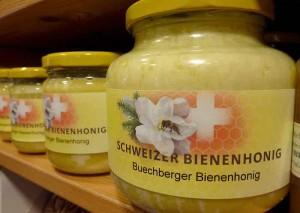 Bienenhonig-Schweiz-P100092